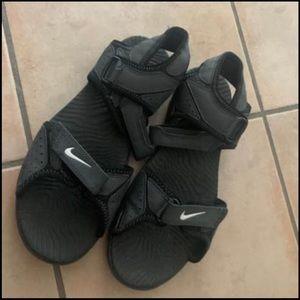 Nike sports sandlas